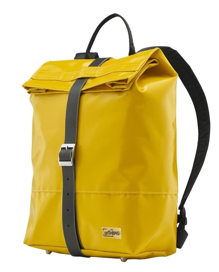 YellowBackpackLiv-03