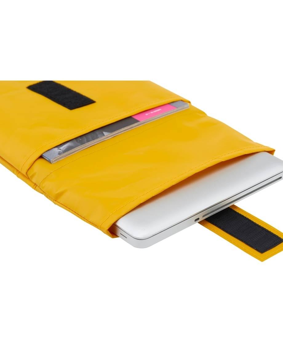 "Yellow GRÜNBAG Sleeve 15"" 16""-02"